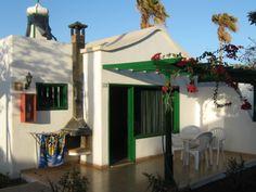 fireplace: Hyde Park Lane Bungalows (Lanzarote/Puerto Del Carmen) - Hotel Reviews - TripAdvisor