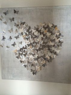 Origami Butterfly Wall Art Fun New Ideas Hobbies And Crafts, Diy And Crafts, Arts And Crafts, Paper Crafts, Origami Heart, Origami Butterfly, Fun Origami, Origami Wall Art, Oragami