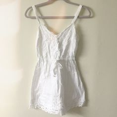 White large kids Abercrombie and Fitch dress Will fit woman's small or XS Abercrombie & Fitch Dresses Mini