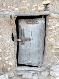 A Dogon door. Knobs And Knockers, Door Knobs, Door Handles, Cool Doors, Unique Doors, Entrance Doors, Doorway, Porte Cochere, When One Door Closes