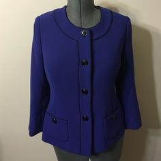 Jones New York Suit Separates Jacket Size 12 Very dressy ,beautiful color fits to size 12 very we'll. Jones New York Jackets & Coats