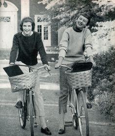 bikes w/baskets.
