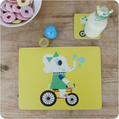 Evie elephant coaster and placemat gift set - perfect christening, birthday or Christmas present.  #Kidsinteriors #children'stableware #kidsbirthdaypresentidea #christeningpresentideas #kidstablewares #scandidesigns #elephantdesign #christmaspresentidea