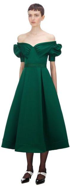 50 vestidos de fiesta verdes 2020: vístete con el color del éxito y la seguridad Vintage, Style, Fashion, Green Party, Colorful Party, Party Dresses, Safety, Feminine Fashion, Trends