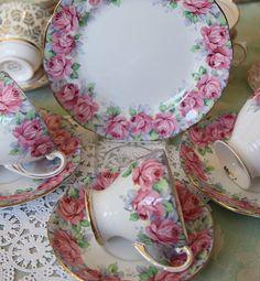 Royal Standard Rose of Sharon Trio ~ TeaCup, Saucer, and Dessert Plate