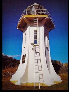 Bill✔️. Baring Head Lighthouse, [Cook Strait, Wellington] Built to replace Pencarrow (1),which still stands but is de-commissioned. Bill Gibson-Patmore. (curation & caption: @BillGP) Bill✔️