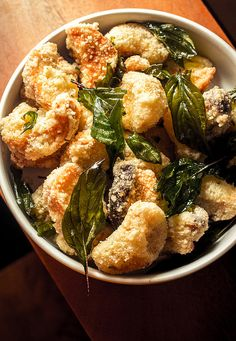 popcorn mushrooms with fried basil