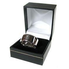 EVERTON F.C Stainless Steel Band Ring. Size - X. In gift box. Official Licensed Everton FC Gift. FREE DELIVERY ON ALL OF OUR GIFTS