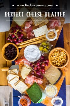 There's no recipe on how to build a cheese platter and no real rules. What I will offer is more of a guideline so you don't feel overwhelmed. Easy Dinner Party Recipes, Dinner Party Menu, Dinner Parties, Desserts For A Crowd, Food For A Crowd, Appetizers For Party, Appetizer Recipes, Easy Healthy Recipes, Yummy Recipes