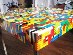 At CreativeSpotting we are big fans of LEGO even if we don't play anymore with them. But, we love to see how other LEGO lovers can use them to make some Lego Design, Diy Design, Lego Shelves, Lego Storage, Lego Furniture, Cool Furniture, Legos, Deco Lego, Made Coffee Table