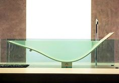 6 Cool, Clear Bathtubs | Spot Cool Stuff: Design