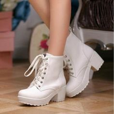 Women's Lace Up Ankle Boots High Platform Block Heels Round Toe Wingtip Shoes Sz Women's Lace Up Shoes, Lace Up Ankle Boots, Cute Shoes, Me Too Shoes, Women's Shoes, Punk Boots, Wingtip Shoes, Chunky High Heels, Martin Boots
