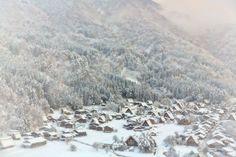 Snowy town, Shirakawa-go | Japan (by MIYAMOTO Y)
