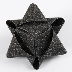 Kubeformet julestjerne af glitrende stjernestrimler fra Vivi Gade | DIY vejledning