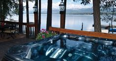 The Lake Cottage at Shore Lodge - Lakeside Hot Tub