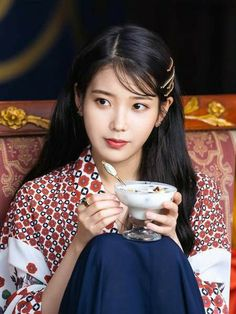 #IU #Hotel_Del_Luna #tvN #JangManWol #LeeJiEun #YeoJinGoo Korean Actresses, Korean Actors, Iu Twitter, Luna Fashion, Kdrama Actors, Korean Celebrities, Kpop Girls, My Girl, Korean Fashion