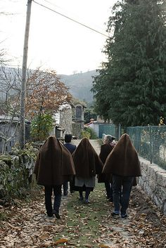 Mulheres de Bucos by Alice Bernardo, via Flickr