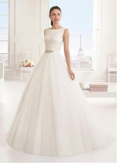 Gorgeous Tulle Bateau Neckline A-line Wedding Dresses with Beaded Embroidery