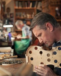 Eric Benning crafts new instruments while Hans Benning repairs fine and bows. Cello Concerto, Violin Makers, Making Musical Instruments, Workshop Design, Metal Engraving, Guitar Building, Played Yourself, Flutes, Classical Music