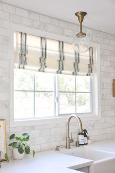Kitchen Window Coverings, Kitchen Sink Window, Farmhouse Window Treatments, Window Treatments For Kitchen, Modern Window Treatments, Modern Window Coverings, Valance Window Treatments, Kitchen Windows, Farmhouse Kitchen Curtains