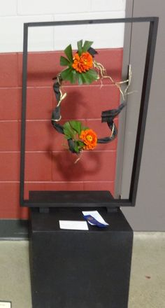 Framed spacial design by naomi ormes floral designs for Indoor gardening kalamazoo