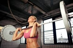 2 myths about women and weightlifting debunked
