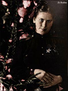 Roza Shanina - Soviet sniper 1945 (last photograph)
