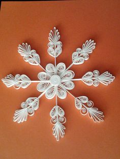 Christmas Lace - Quilled Snowflake Ornaments  #quilling