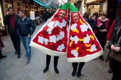 25 Food Costumes You Probably Don't Want to Wear on Halloween Slideshow Photos - Bon Appétit Halloween Pizza, Fete Halloween, Halloween Costumes For Teens, Holidays Halloween, Costume Halloween, Food Costumes, Mascot Costumes, Costume Ideas, Costume