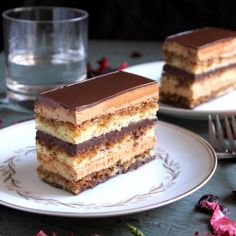 Opera Cake - Gloriously Rich: Almond Sponge Cake (Joconde), Espresso Butter-Cream, Ganache and a decadent Chocolate Glaze. French Desserts, Just Desserts, Delicious Desserts, Yummy Food, Sweet Recipes, Cake Recipes, Dessert Recipes, Opera Cake, Decadent Chocolate