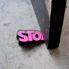 Tope Para Puerta STOP Rosado