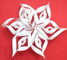 DIY 3D Paper Snowflakes - Createsie