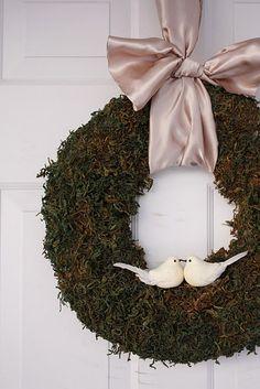 gorgeous moss wreath