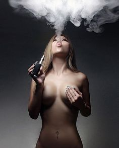#girlswhovape ft. @brinabing  Photo by @prcivl Tag a friend 💯