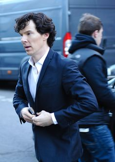 Ben on the way for playing Sherlock season 3! 4/02/2013