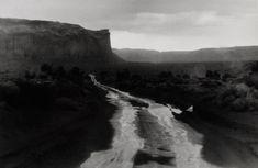 "Bernard Plossu    ""Monument Valley, États-Unis, 1983""    Tirage argentique  24cm x 30cm"