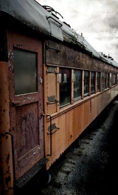 Abandoned old train car Old Buildings, Abandoned Buildings, Abandoned Places, Abandoned Train, Abandoned Mansions, Train Car, Train Tracks, Old Trains, Vintage Trains