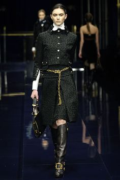 Dolce & Gabbana Fall 2006 Ready-to-Wear Collection Slideshow on Style.com