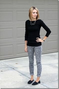 statement necklace, basic top, printed jeans
