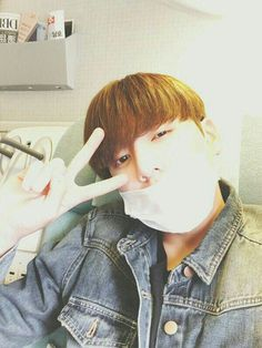 Find images and videos about kpop, bts and jungkook on We Heart It - the app to get lost in what you love. Jungkook Selca, Namjoon, Kookie Bts, Yoongi, Bts Bangtan Boy, Hoseok, Jungkook No Makeup, Bts Taehyung, Jung Kook