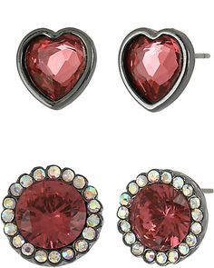Shop a bold yet classic assortment of designer costume jewelry from Betsey Johnson. Add a finishing touch to your outfit with our unique fashion jewelry. Fashion Earrings, Fashion Jewelry, Women's Fashion, Betsey Johnson Earrings, Antique Gold, Earring Set, Costume Jewelry, Jewelry Accessories, Stud Earrings