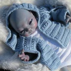 Reborn artist website for alternative reborn dolls and art dolls such as alien baby dolls, fantasy dolls,  and crystal babies.