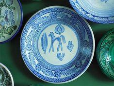 Decorative Plates, Polish, Design, Home Decor, Vitreous Enamel, Nail Polish, Interior Design, Design Comics, Home Interior Design