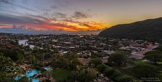Tropical sunset lights sky on fire - Hawaii Kai by froggyshootsraw #Landscapes #Landscapephotography #Nature #Travel #photography #pictureoftheday #photooftheday #photooftheweek #trending #trendingnow #picoftheday #picoftheweek