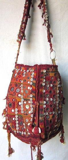 df7347388b7 Real banjara bags vintage tote bag hand bag ethnic tribal handmade bag. Handgemaakte  Tassen