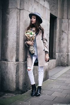 White jeans are always a winner, especially when worn with edgy combat boots and a wide brim vintage fedora like we see here by Beatrice Gutu! This look is one of classic retro style, and we love it! Coat: Asos, Knit: Les Petites, Jeans: LTB, Boots: Zara, Bag: Vintage, Hat: Brixton.