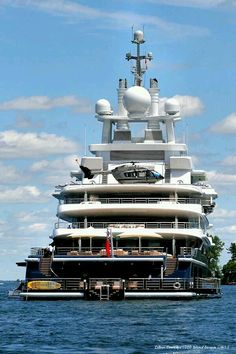 Yacht Life Gentleman's Essentials Yacht Design, Super Yachts, Big Yachts, Yachting Club, Bateau Yacht, Private Yacht, Cool Boats, Yacht Boat, Speed Boats