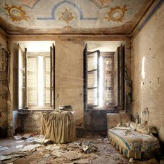 Abandoned Places by photographer Henk van Rensberge
