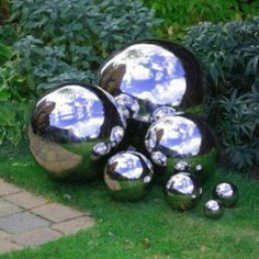 This is awesome for a garden..... Mirror Paint!!!