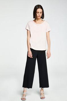 Woman ,T-shirts,Short sleeve Short Sleeves, Woman, T Shirt, Pants, Fashion, Supreme T Shirt, Trouser Pants, Moda, Tee